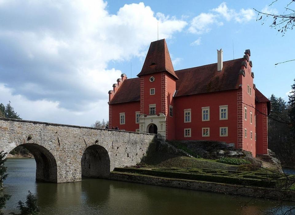Замок Красная Лгота